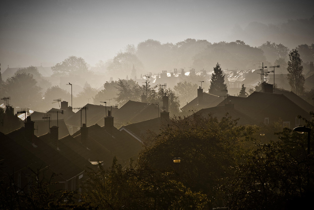 UK residents living in dark homes 27% more likely to report ill health according to new report