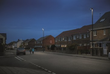 Cutting carbon emissions with new street lamps