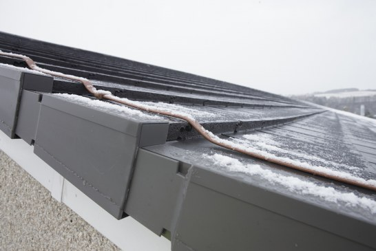 Fixing dry-fix for trouble-free roofs