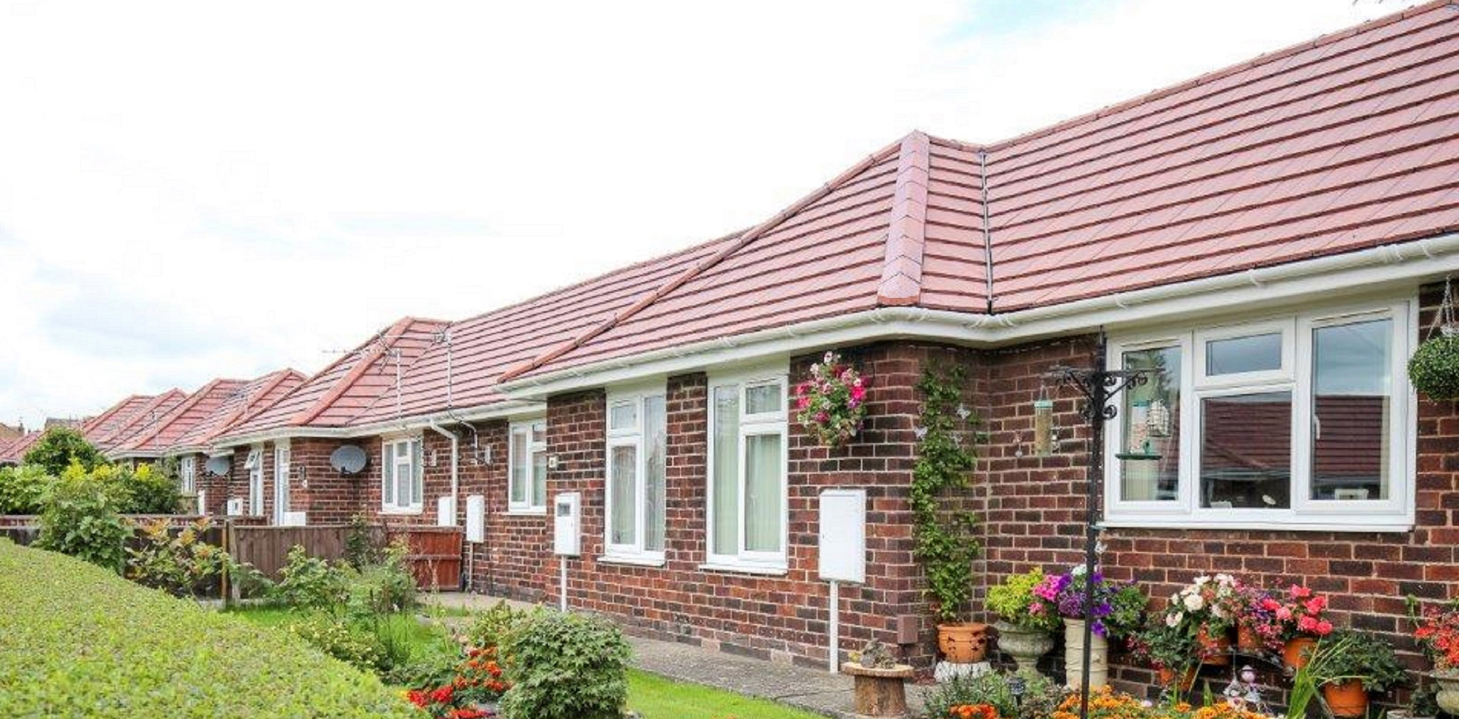 Russell Roof Tiles advises contractors to get re-roofing advice