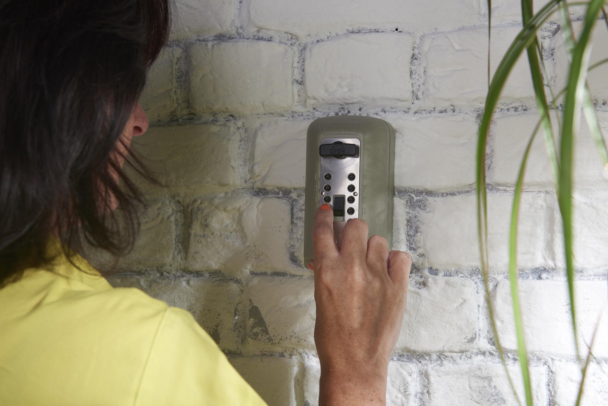 WDH undertakes The Key Safe Company's installer scheme