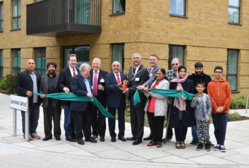 Ealing Council Leader welcomes first residents to Southall Waterside